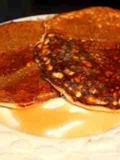 3 Amazing Low-Carb Protein Pancake Recipes!