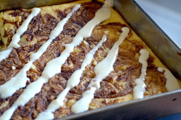 Low Carb Cinnamon Roll Cake