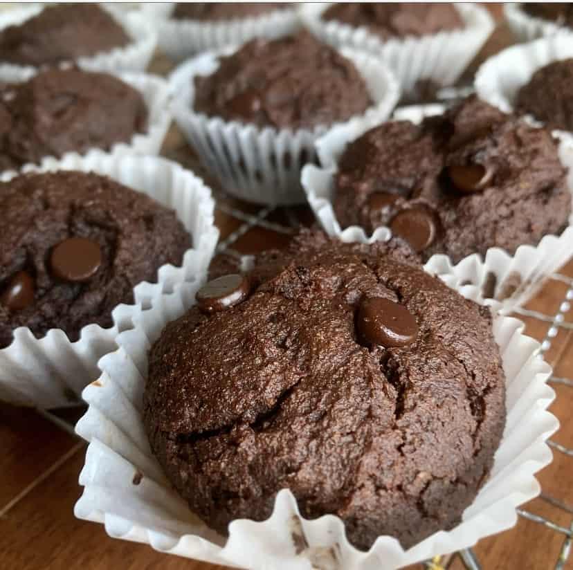 keto banana chocolate muffins