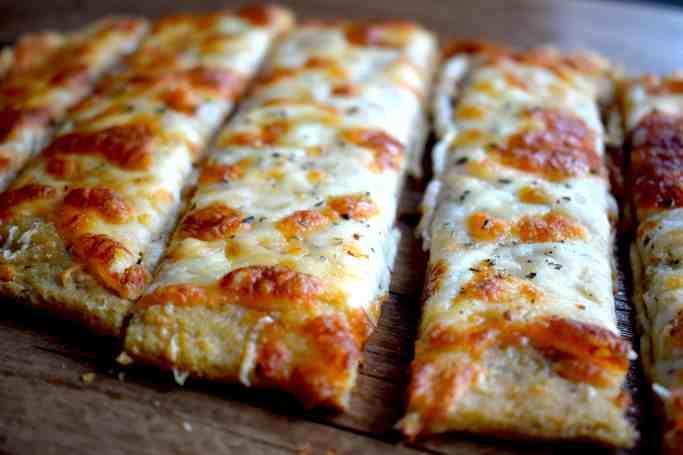 keto cheesy bread sticks