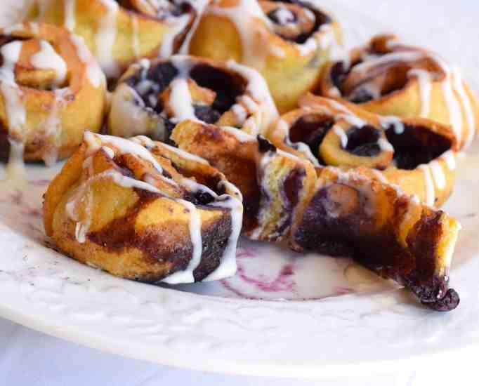 keto blueberry cinnamon rolls with cream cheese glaze