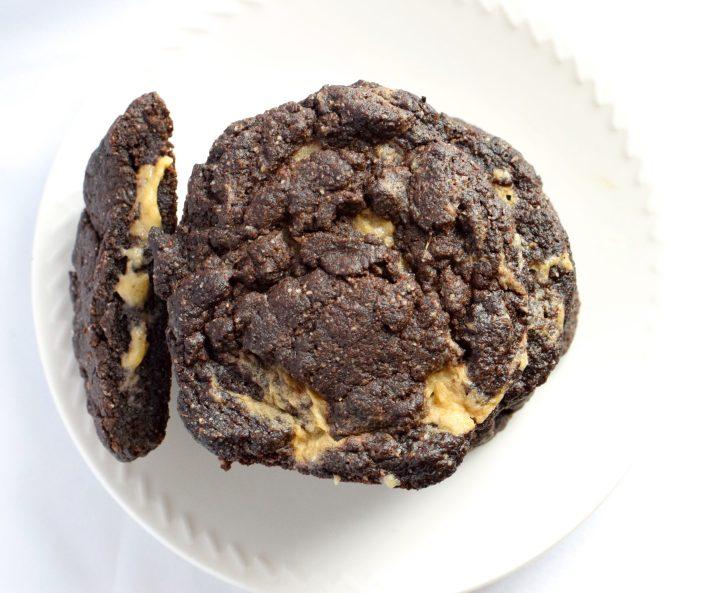 keto chewy chocolate caramel cookies