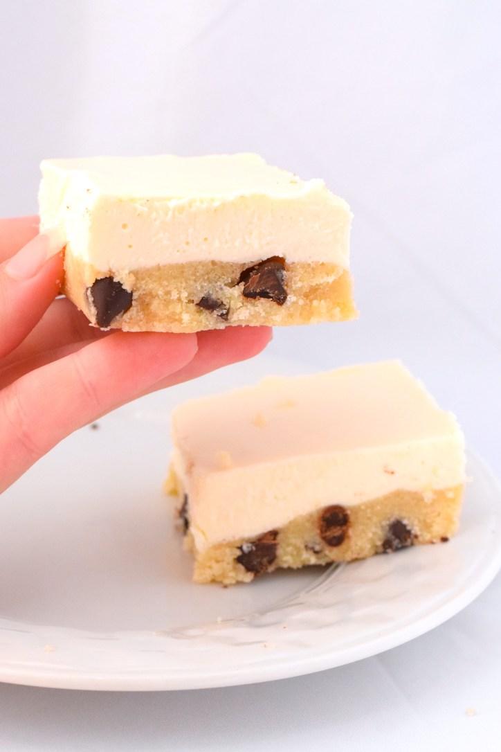 chocolate chip cookie cheesecake bars keto