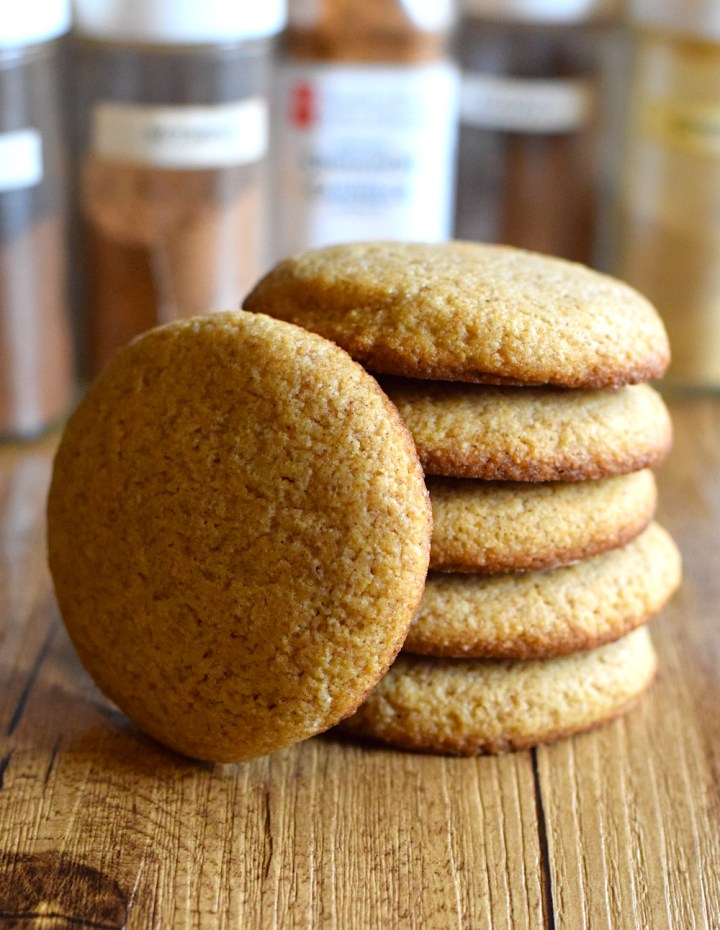 low carb soft and chewy ginger cookies