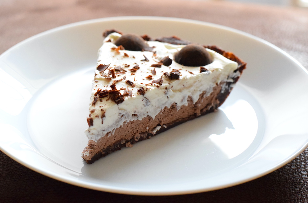 keto whipped cream pudding pie