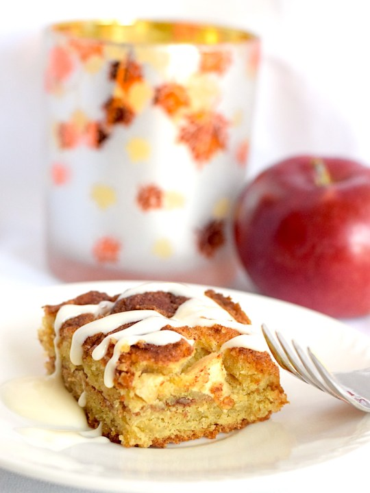 Keto Apple Cinnamon Cake