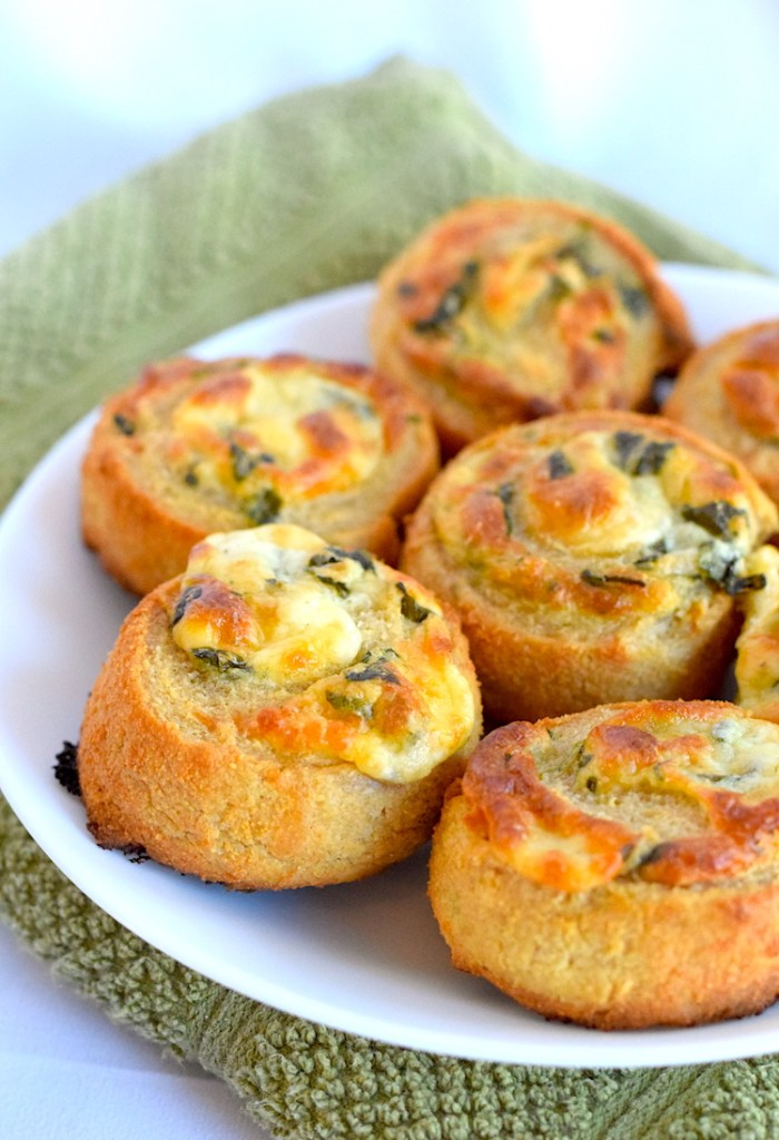low carb spinach and cheese rolls