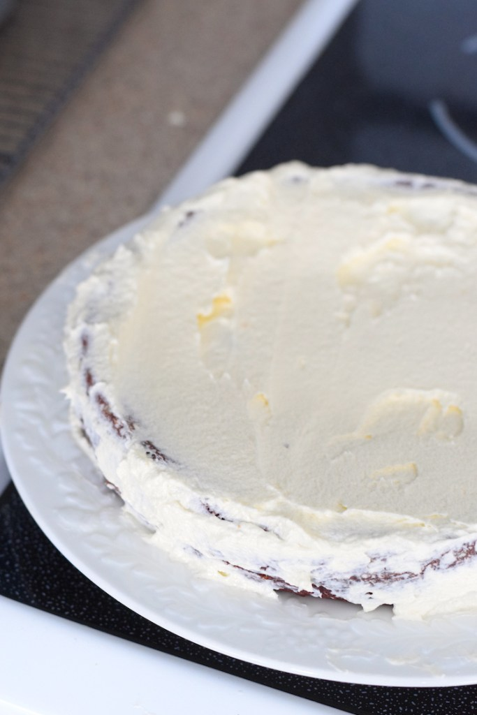 cream cheese frosted keto cake