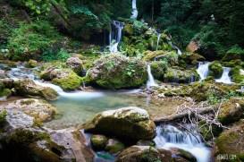 Erste kleine Wasserfälle nach 500m