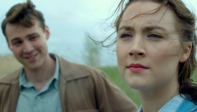 """Saoirse Ronan and Emory Cohen in """"Brooklyn"""""""
