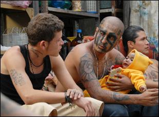 """Edgar Flores and Kristyan Ferrer in """"Sin Nombre"""""""