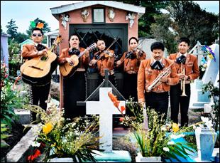 """Las Estrellas de Jalisco perform in """"Que Caramba Es La Vida"""""""