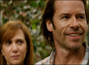 "Guy Pearce and Kristen Wiig in ""Hateship Loveship"""