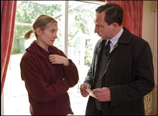 """Eddie Marsan and Joanne Froggatt in """"Still Life"""""""