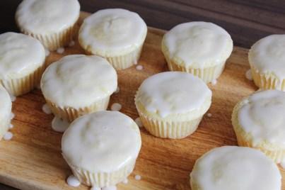 Glazed Lemon Muffins   Zitronenmuffin & Glasur