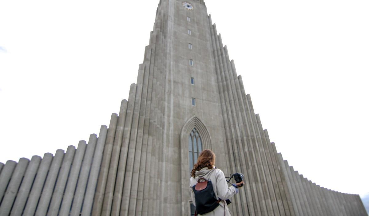 Hallgrímskirkja reykjavik islanda cosa vedere move4ward travel blog