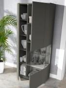 Vitrine em lacado cinza betão. Personalize o mesmo de acordo com o seu gosto e espaço.