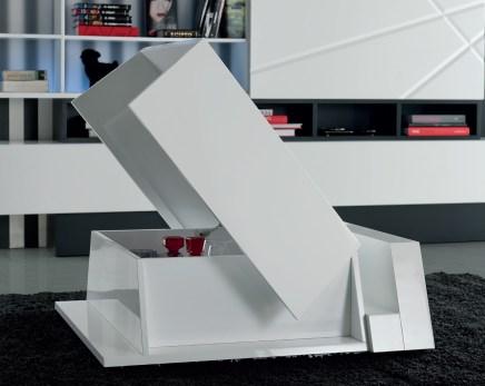 Mesa de Centro em lacado branco com arrumação. Personalizamos ao seu gosto e estilo.