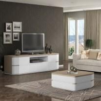 Móvel Tv em carvalho natural e lacado branco mate. Personalizamos os acabamentos e as dimensões.