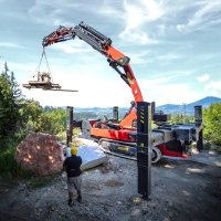 Palfinger introduces its first crawler crane