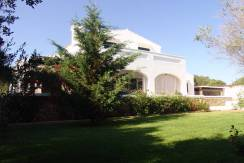 Impressive, farmhouse style villa for sale in Llucmancanes