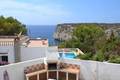 Beautifully renovated villa with wonderful sea views for sale in Cala'n Porter, Menorca.