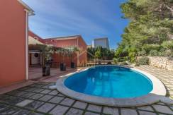 villa for sale in Canutells Menorca