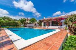 Villa for sale in Binixica Menorca