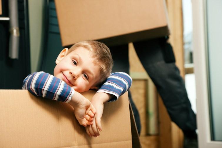 Checkliste für den Umzug mit Kindern