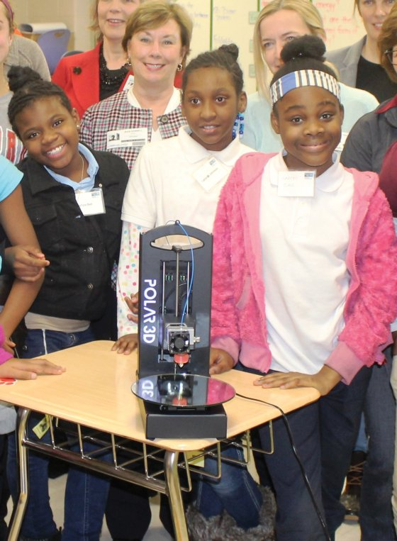 Fifteen fifth-grade girls participated in the 3D printing workshop