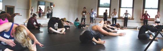 MamLuft&Co. Dance in residence at NKU