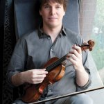 Violinist Joshua Bell (Photo: Marc Hom)