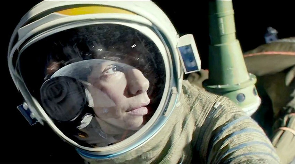 http://1.bp.blogspot.com/-Uf41jlr8WvU/Udlc7jyYpUI/AAAAAAAALoY/udNGFxV2Ys8/s1600/Gravity_SBullock.jpg