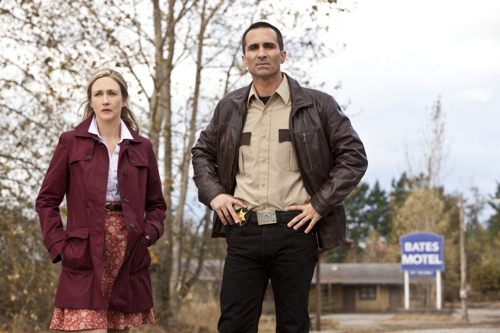 http://unobtainium13.files.wordpress.com/2013/03/bates-motel-episod.jpg