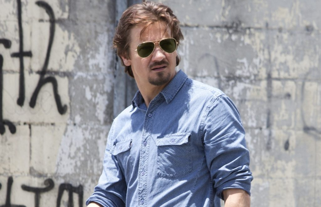 http://cdn.hitfix.com/photos/5698407/Jeremy-Renner-in-Kill-the-Messenger.jpg