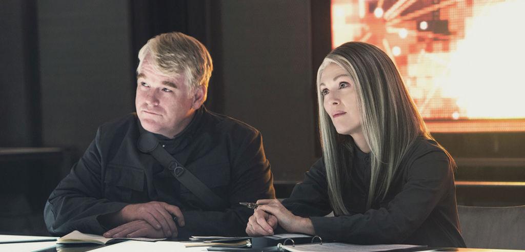 http://cdn.screenrant.com/wp-content/uploads/Mockingjay-Part-1-Phillip-Seymour-Hoffman-and-Julianne-Moore.jpg