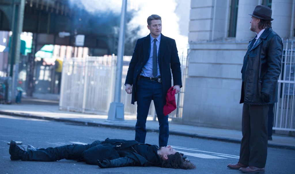 "Gotham: ""Red Hood"" Review"