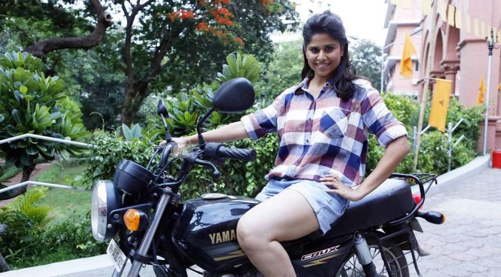 http://www.fullfreedownloadmoviestorrent.in/wp-content/uploads/2014/12/Classmate-Marathi-Movie-Sai-Tamhankar.jpg