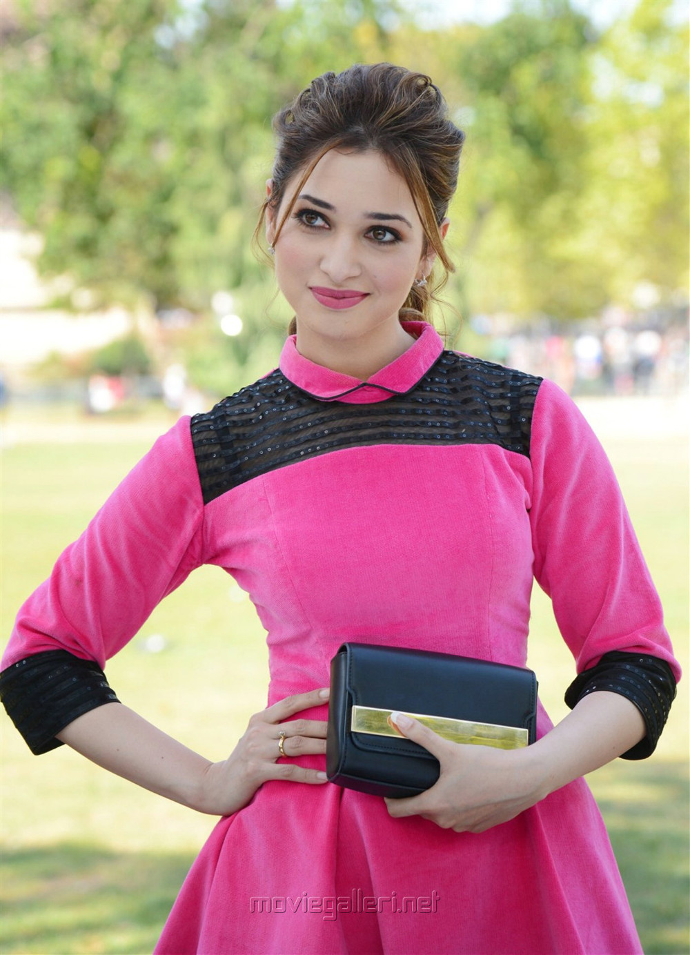 Image result for tamanna in thozha hd pics