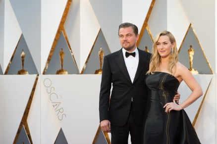 Feb 28, 2016 - Hollywood, California, U.S. - Oscar-nominees LEONARDO DICAPRIO and Kate Winslet arrive at The 88th Oscars at the Dolby Theatre. (Credit Image: © AMPAS/ZUMAPRESS.com)