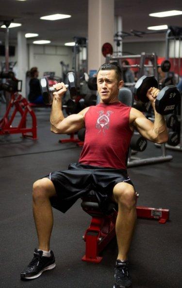 Don Jon Joseph Gordon-Levitt trained in the gym