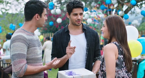 Alia-Siddharth-in-Kapoor-and-Sons