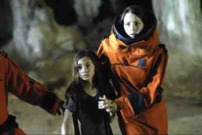 The-Hive-movie-film-sci-fi-horror-2008-Elizabeth-Healey
