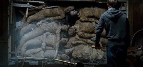 haunting-in-connecticut-bodies-buried-in-wall-of-house-kyle-gallner-matthew-campbell