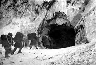 snow-creature-1954-bronson-cave