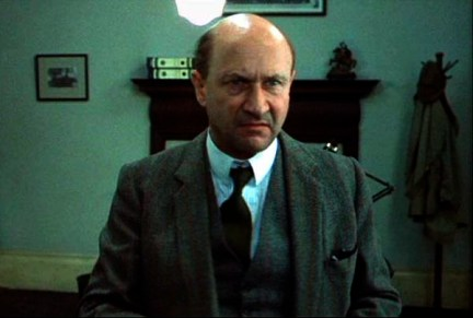 donald_pleasence-raw-meat-death-line-3