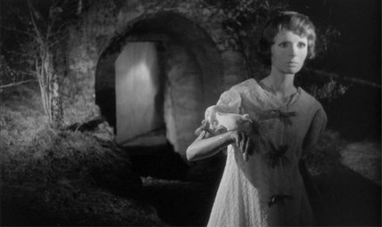 eyes without a face3