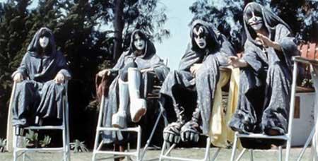 Kiss-Meets-The-Phantom-of-the-Park-1978-movie-3