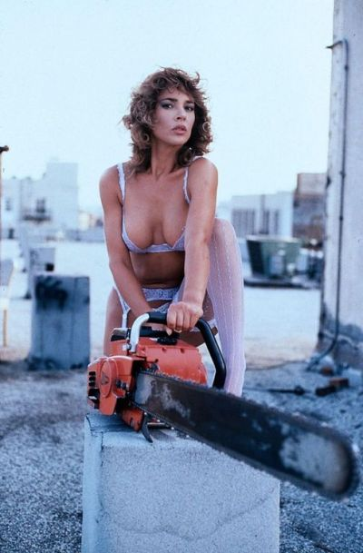 michelle-bauer-hollywood-chainsaw-hookers