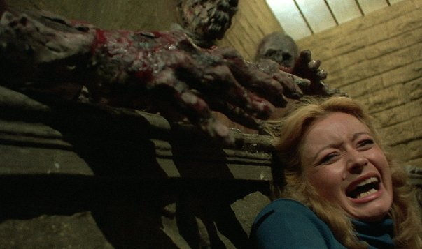 nights-of-terror-1980-burial-ground-italian-zombie-movie-1